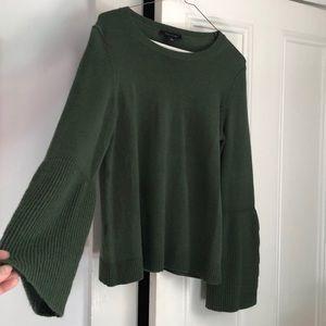 Soft green sweater Ann Taylor NWT